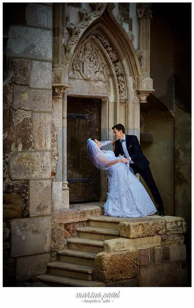 Trash the dress Castelul Hunedoara
